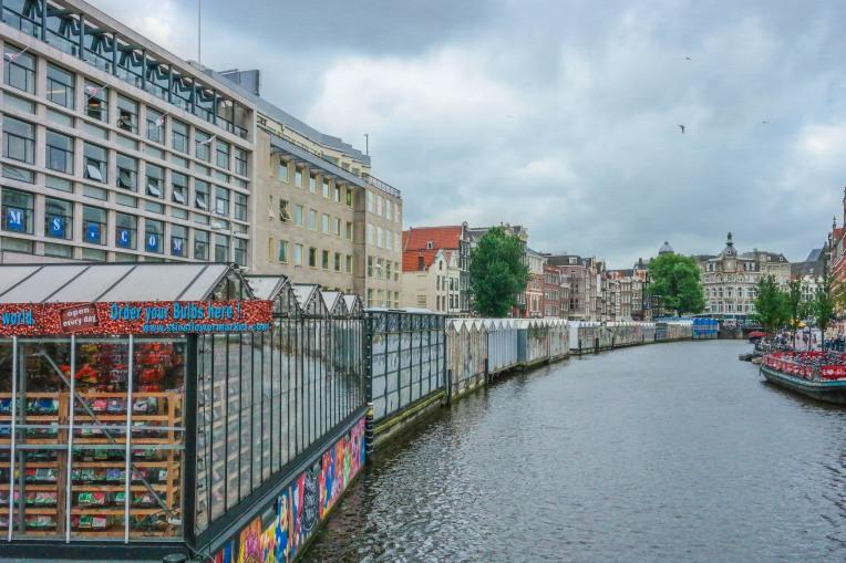 #floatingflowermarket